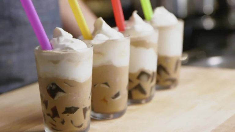 How Do You Create a Frozen Coffee Drink?