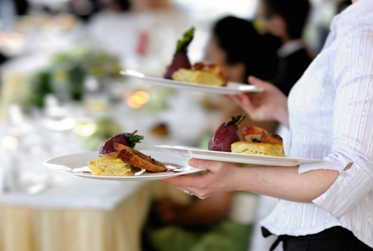 Pricey Mistakes When Hiring Catering Services