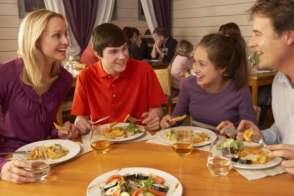 Points To Consider While Establishing Family Restaurants