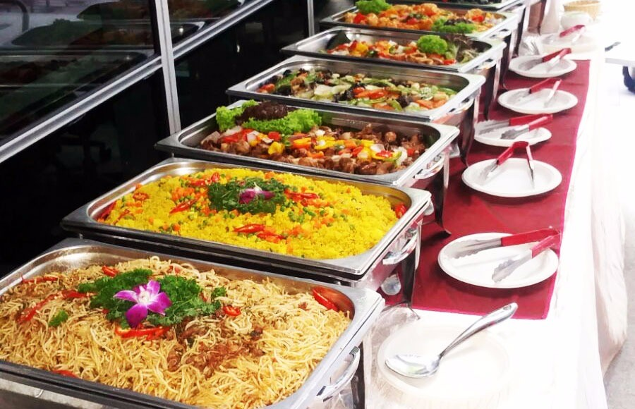 Golden Tips to Choose an Indian Food Caterer