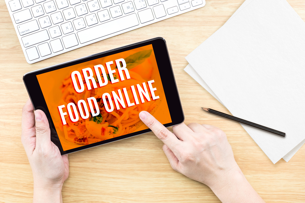 Take Care of Those Occasional Hunger Pangs by Ordering Food Online