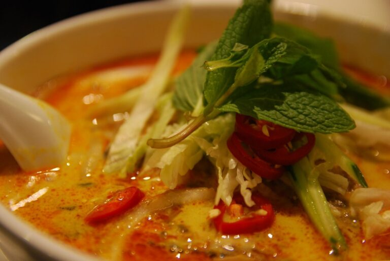 Facts Everyone Should Know About Halal Thai Food Singapore